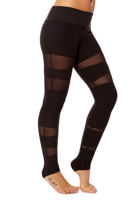 Form Fitting Leggings with Mesh Vector Panels (1)